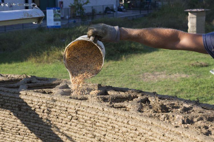 Rumah 3D dari sekam dan jerami padi