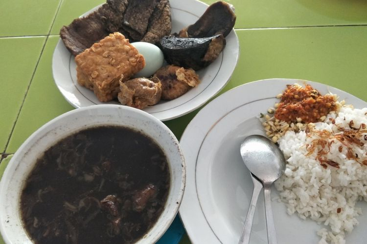 6 Makanan Legendaris Di Surabaya Cocok Untuk Yang Lapar Tengah Malam Halaman All Kompas Com