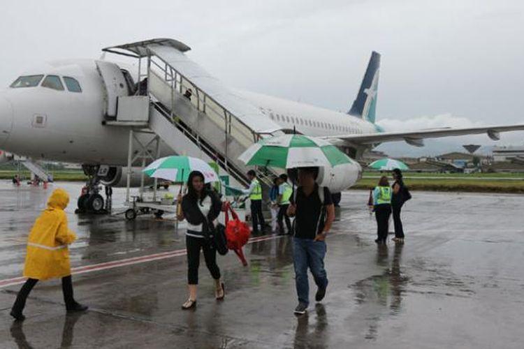 Pesawat Silk Air di Bandara Husein Sastranegara Bandung, Jawa Barat, Kamis (9/2/2017).