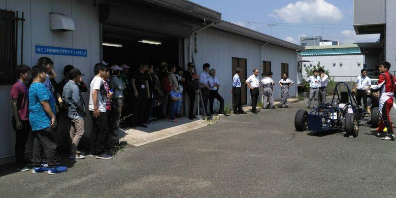 Mahasiswa Binus ASO School Of Engineering melakukan summer course ke Jepang