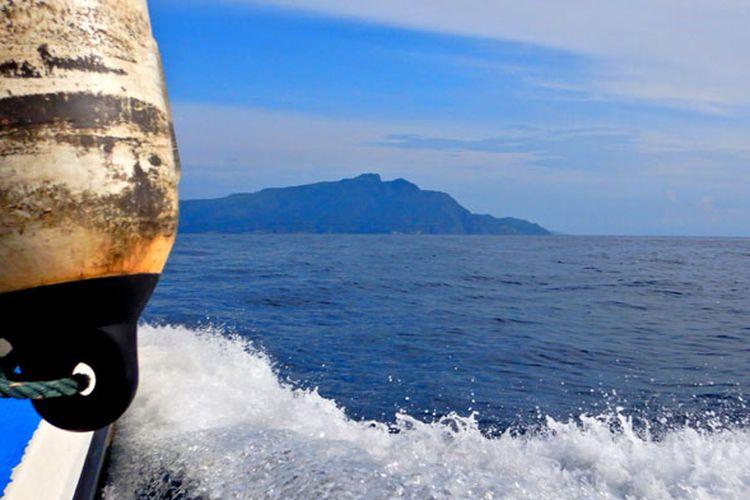Menuju Pulau Atauro di Timor Leste.