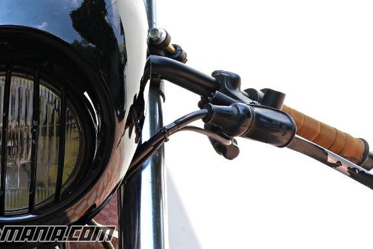 Ilustrasi tuas kopling motor