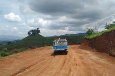 Nyaris Putus Akibat Tanah Bergerak, Jalan Provinsi di Sukabumi Dipindahkan