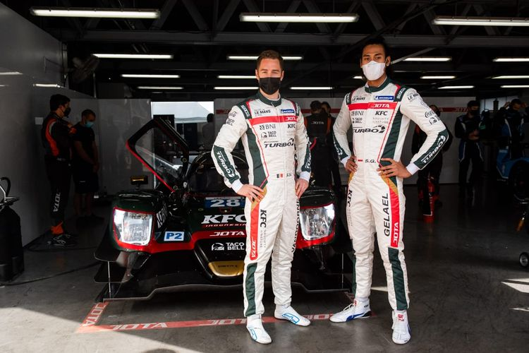 Sean Gelael (kanan) dan rekannya, Stoffel Vandoorne, akan beraksi di ajang Asian Le Mans Series (ALMS) di Dubai, 11-14 Februari 2021.