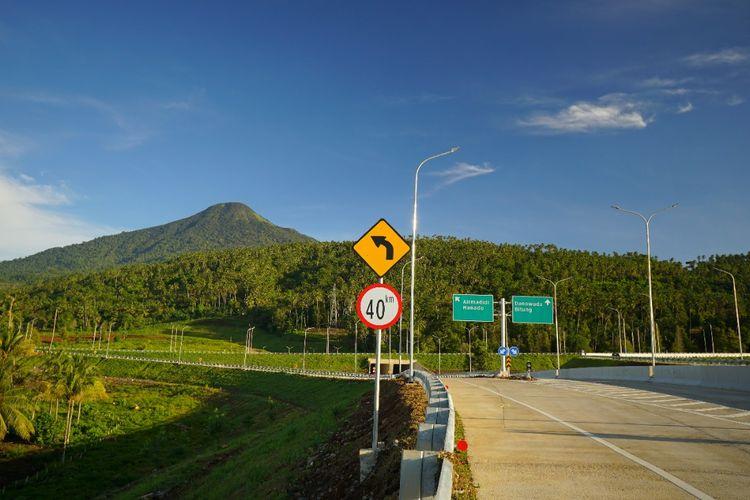 Jalan Tol Manado-Bitung