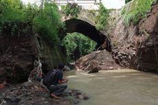 Sebuah Jembatan yang Dibangun pada Zaman Belanda Ambrol, Aktivitas Warga Terganggu