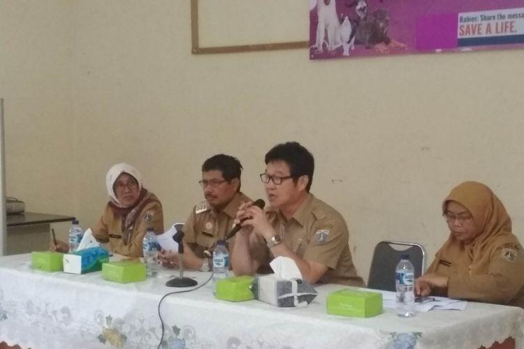 Kepala Dinas KPKP mengundang seluruh masyarakat untuk hadir di pertemuan membahas Anjing dan Kucing Liar 15 Januari Mendatang