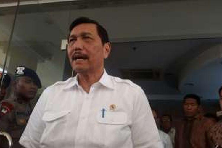 Menteri Koordinator Politik, Hukum, dan Keamanan Luhut B Panjaitan.