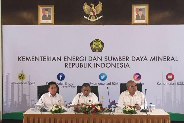 (ki-ka) Kepala BPH Migas Fanshurullah Asa, Plt Dirjen Migas Ego Syahrial, dan Kepala SKK Migas Amien Sunaryadi