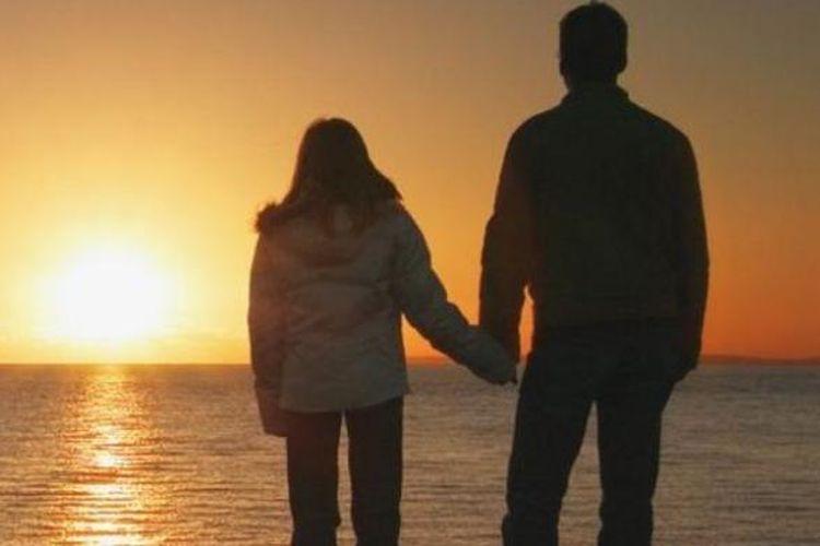 Di banyak budaya hubungan inses dianggap sebagai hubungan yang terlarang.
