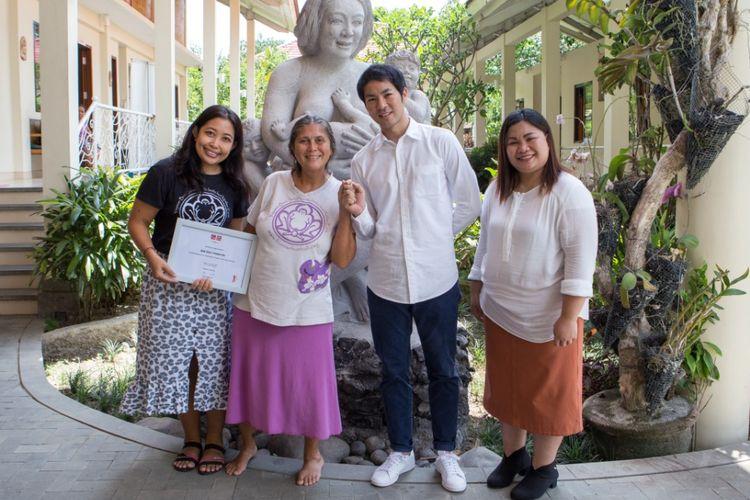 Kerjasama Uniqlo dan Yayasan Bumi Sehat, Bali.
