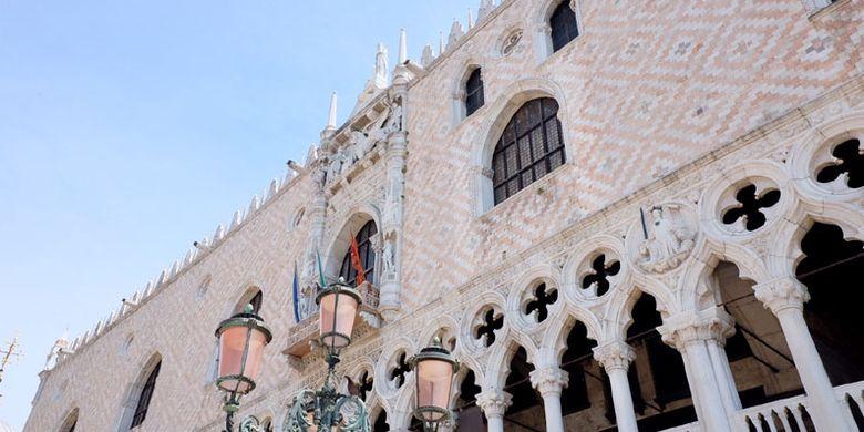 Bangunan di San Marco Square, Venesia, Italia.