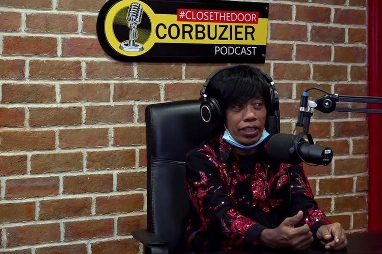 Pesulap dan komedian Pak Tarno menjadi bintang tamu podcast Deddy Corbuzier.