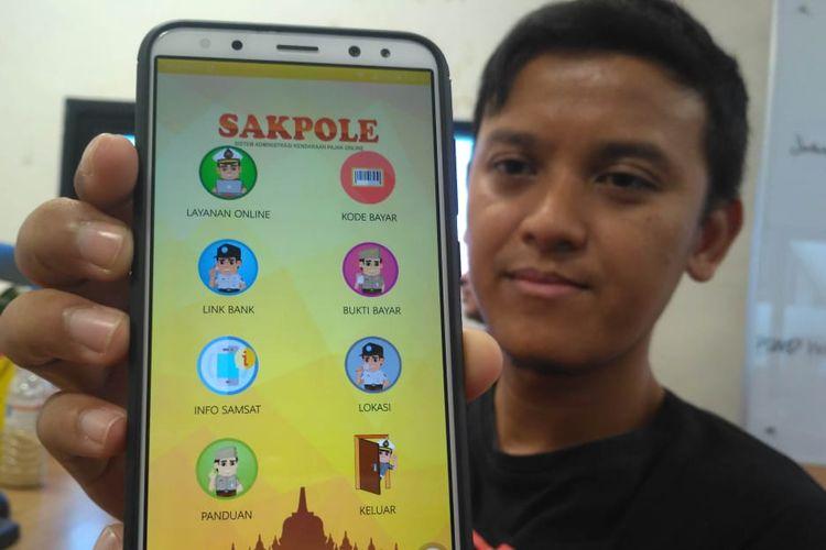 Aplikasi SAKPOLE merupakan aplikasi untuk pajak kendaraan bermotor secara online di Jawa Tengah.
