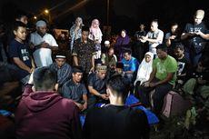 Sempat Ada Penolakan, Jenazah Pelaku Bom Bunuh Diri Polresta Medan Dimakamkan Malam Hari