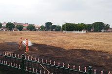 Halaman Alun-alun Utara Keraton Yogyakarta Terbakar, Api Disulut ODGJ