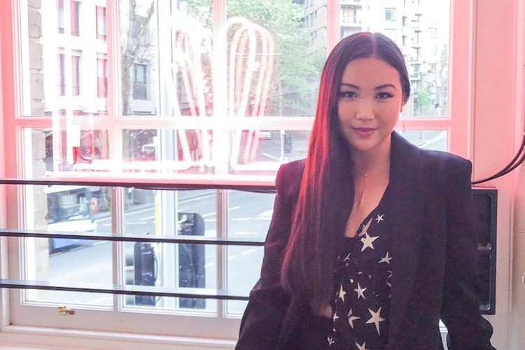 Sharon Jiang menerima pesan aplikasi kencan yang menanyakan apakah dia bisa menjadi pengalaman Asia pertama seseorang.