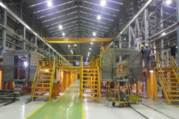 Proses pembuatan kereta api bandara Minangkabau dan Bandara Adi Sumarmo oleh PT Industri Kereta Api (INKA), Madiun.