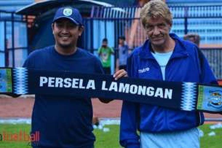 Pelatih asal Swedia, Stefan Hansson, resmi menangani Persela Lamongan.