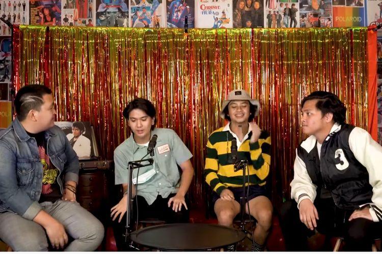 Para mantan personel Coboy Junior, (dari kiri) Teuku Ryzki, Iqbaal Ramadhan, Bastian Steel, dan Aldi Maldini.