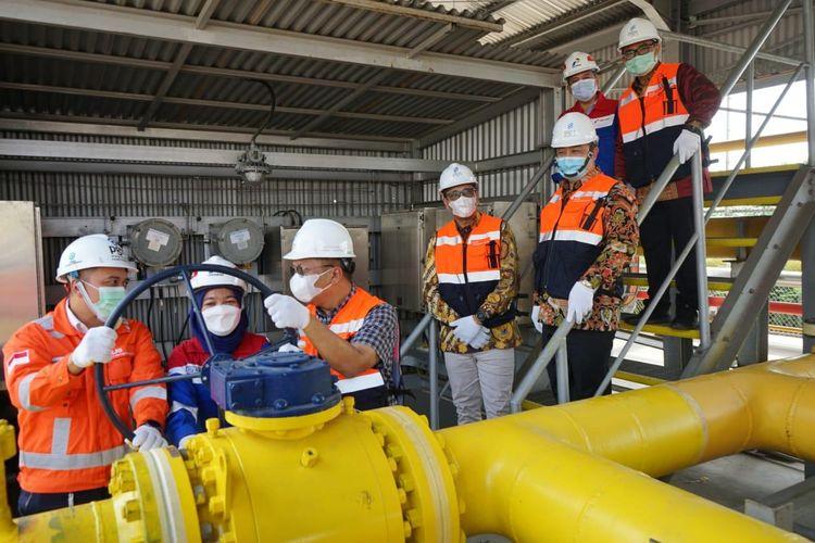 PT Perusahaan Gas Negara Tbk (PGN) sebagai Subolding Gas dan bagian dari Holding Minyak dan Gas (Migas) Pertamina selalu berkomitmen menyediakan fleksibilitas, keandalan, dan optimalisasi infrastruktur gas bumi di Jateng.
