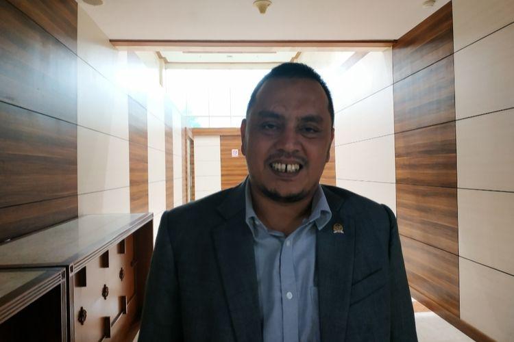 Ketua DPP Partai Nasdem, Willy Aditya di Kompleks Parlemen, Selatan, Jakarta, Senin (2/12/2019).