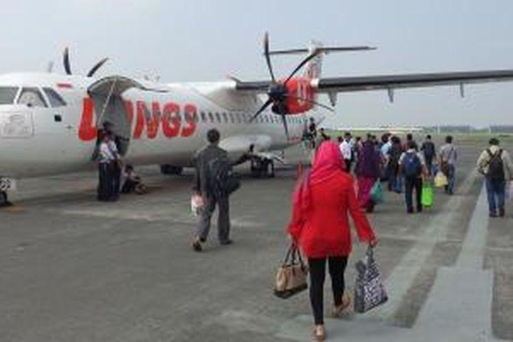 Pesawat Wings Air di Bandara Juanda, Surabaya.