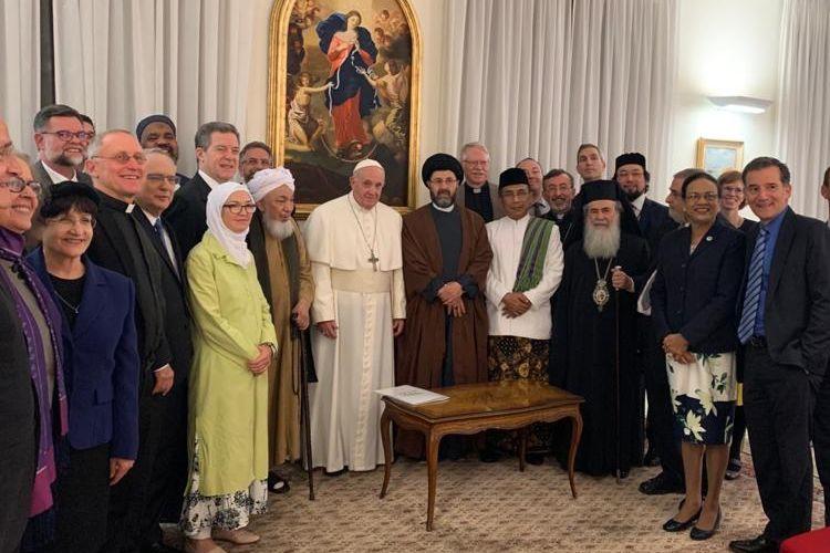 Katib Aam PBNU Yahya Staquf bertemu Paus Fransiskus di Vatikan, Rabu (15/1/2020)