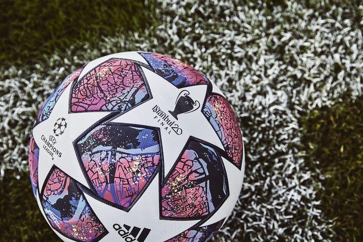 Bola Istanbul 20 yang akan digunakan pada final Liga Champions 2019-2020 di Istanbul, Turki.