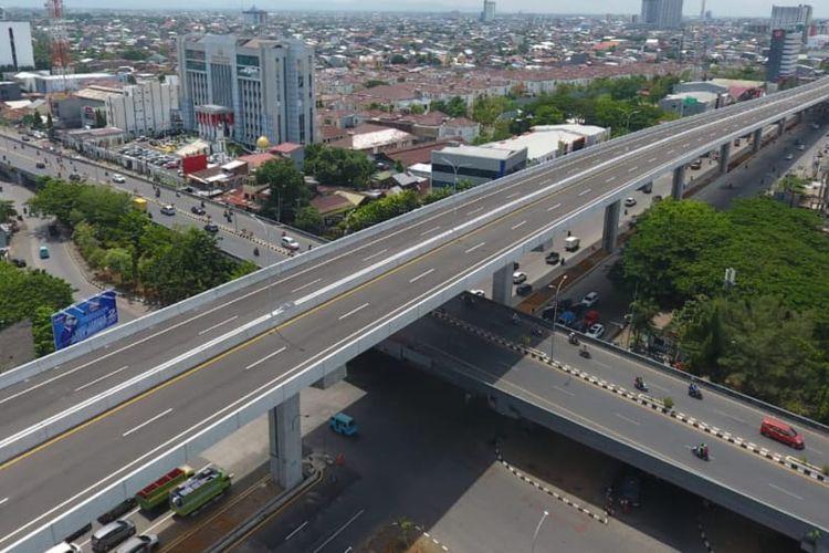Jalan Tol Layang Andi Pangeran (AP) Pettarani atau dikenal sebagai Jalan Tol Ujung Pandang Seksi 3, Makassar, siap dioperasikan.