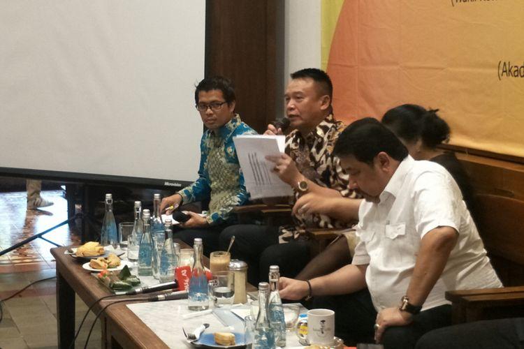 Wakil Ketua Komisi I DPR RI TB Hasanuddin dalam diskusi publik Setara Institute bertajuk Pergantian Panglima dan Akselerasi Reformasi TNI, di kawasan Cikini, Jakarta Pusat, Kamis (23/11/2017).