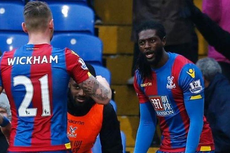 Emmanuel Adebayor ketika masih berkostum Crystal Palace. Dia mencetak gol pertamanya bagi Crystal Palace pada laga versus Watford di Selhurst Park, Sabtu (13/2/2016).