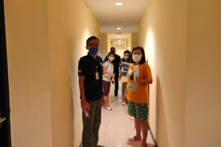 Inspeksi mendadak (sidak) yang dilakukan Tim Satuan Tugas (Satgas) Perlindungan Pekerja Migran Indonesia (PPMI) Kemenaker di Hotel Penuin, Kota Batam, Kepulauan Riau (Kepri), Senin (16/8/2021).
