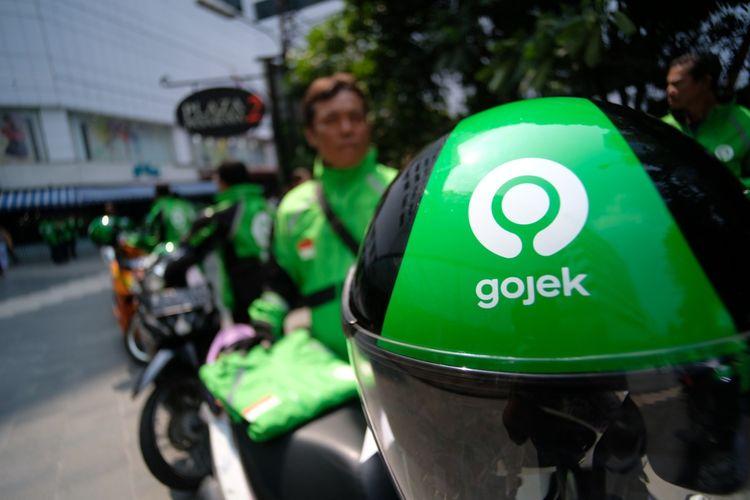 Layanan transportasi online Gojek.