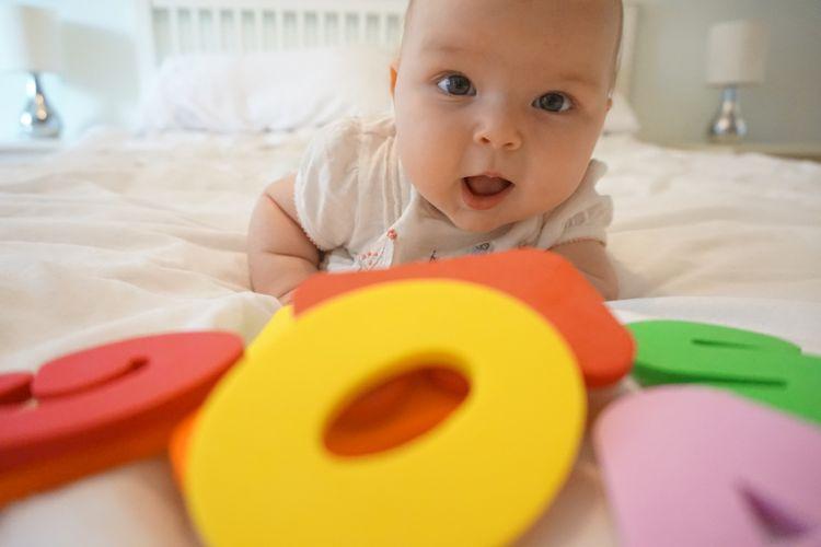 Bayi sudah belajar bahasa sejak dini