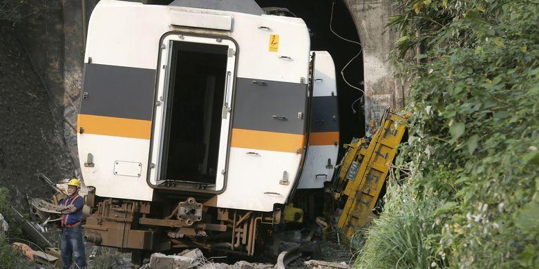 Bos Truk yang Sebabkan Kecelakaan Kereta Terparah Taiwan Minta Maaf