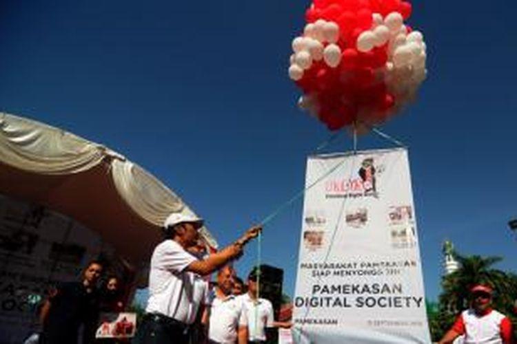 lounching Pamekasan Digitasl Society (PaDiso) oleh Kepala Dinas Perhubungan Komunikasi dan Informatika (Dishubkominfo) Pamekasan, Bahrun, Ahad (15/9/2013).
