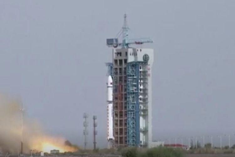 Peluncuran roket China Long March 2D yang membawa satelit Gaofen-9 ke orbit Bumi pada 31 Mei 2020.