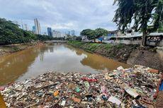 Jumlah Sampah Sisa Banjir di DKI Sudah Lebih dari 61.000 Ton