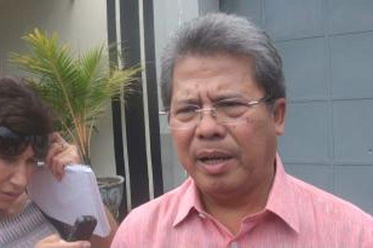 Todung Mulya Lubis, Kuasa Hukum Myuran Sukumaran dan Andrew Chan saat berada di Lapas Kerobokan