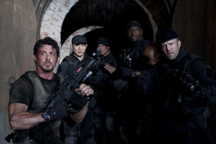 The Expendables 2 kembali menghadirkan sederet bintang film laga, seperti Sylvester Stallone, Jet Li, Terry Crews, dan Jason Statham.