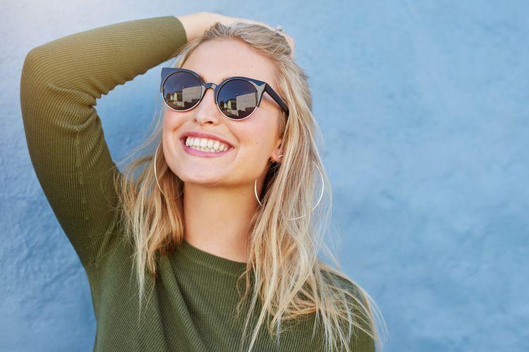 Ilustrasi tersenyum