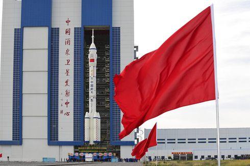 Pindahkan Roket Baru, China Bersiap Kirim Kru Pertama ke Stasiun Luar Angkasa Tianhe
