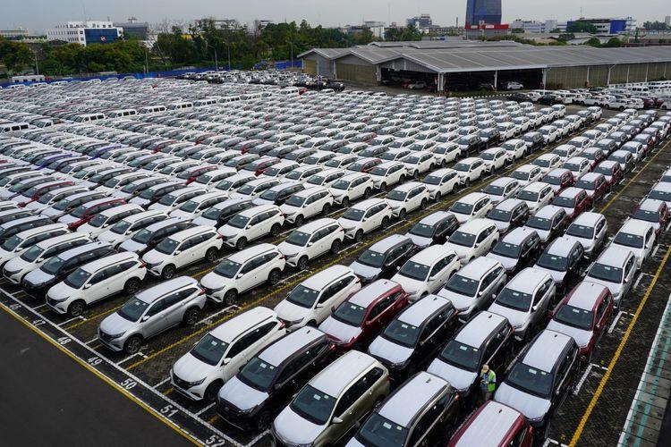 Ilustrasi suplai mobil dari pabrik Daihatsu