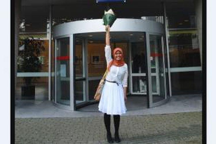 Kesempatan belajar di Belanda selama 1 tahun melalui program MSc of Accounting di Tilburg University dengan didanai oleh StuNed Scholarship Programme sampai saat ini masih menjadi pengalaman pendidikan formal sangat berharga bagi Laily Prihatiningtyas (28).