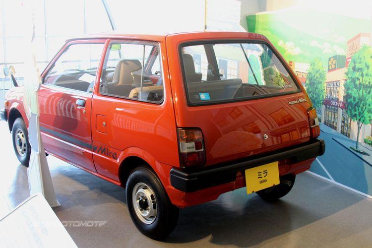 Daihatsu Mira.
