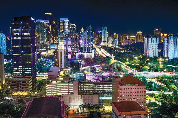 Ilustrasi Kota Jakarta pada Malam Hari.