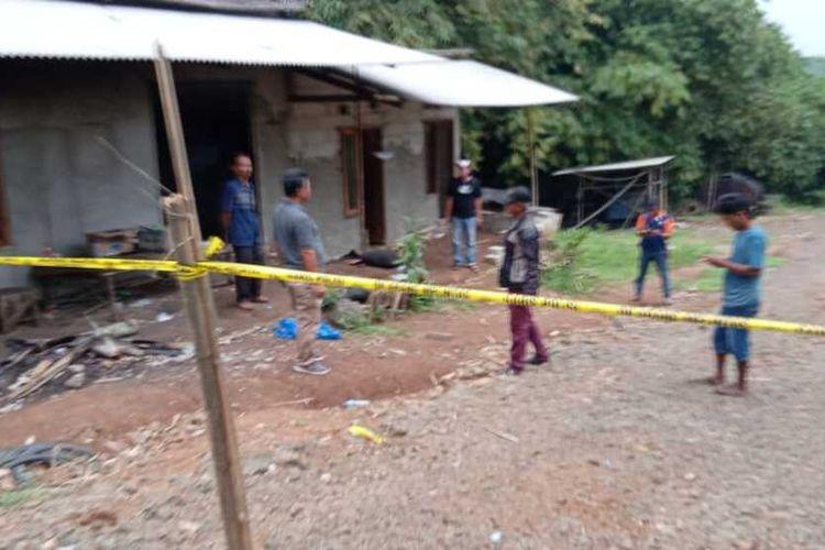 Polisi berhasil menemukan Cai Changpan dalam kondisi tak bernyawa di gudang pembakaran ban Kampung Cikidung, Desa Koleang, Kecamatan Jasinga, Kabupaten Bogor, Jawa Barat, Sabtu (17/10/2020).