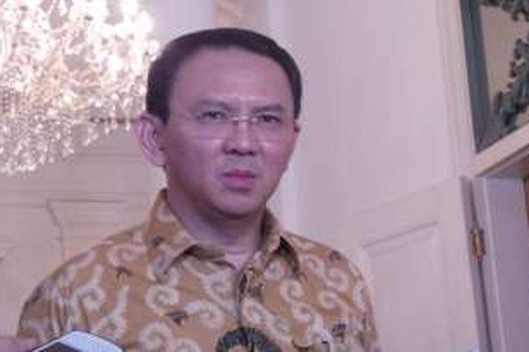 Gubernur DKI Jakarta Basuki Tjahaja Purnama saat wawancara wartawan, di Balai Kota DKI Jakarta, Selasa (30/8/2016).