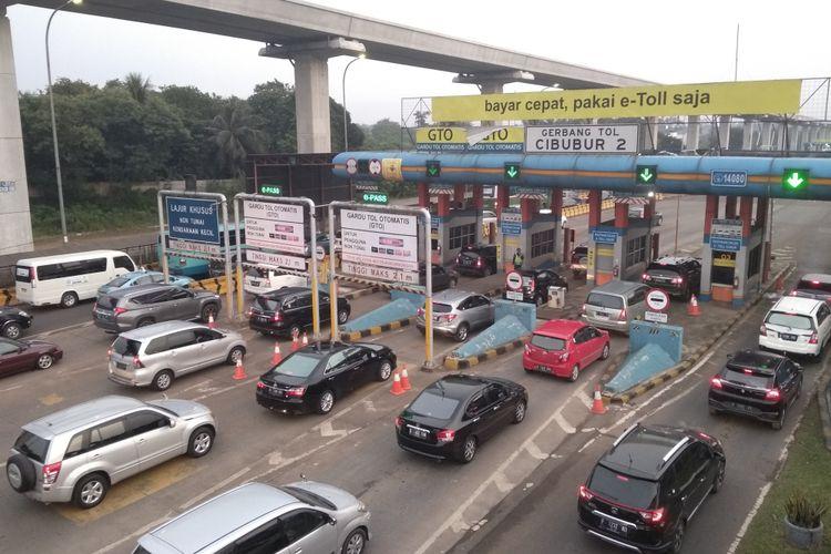 Ganjil genap cibubur hari pertama berjalan kondusif, Senin (16/4/2018)